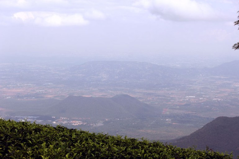 Coonoor - Dolphins nose Mettupalayam view