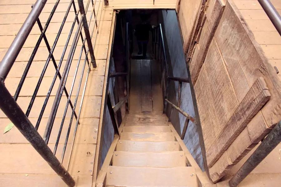 Coonoor - Tea plantation - Staircase