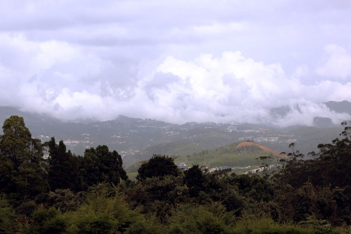 Coonoor - view from Doddabetta - mountain holiday destinations in India