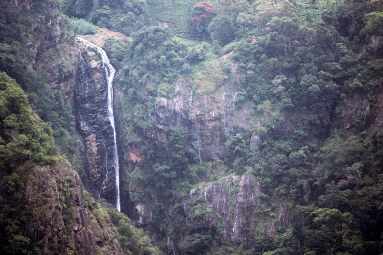 Coonoor - Waterfall at Dolphins Nose