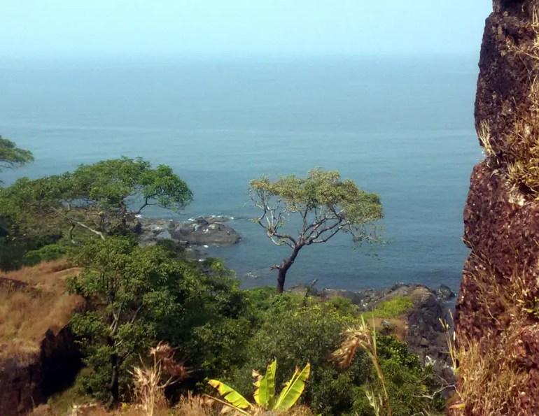 Agonda - Cabo de Rama - Rampart view 1 - perfect base for a Goa trip