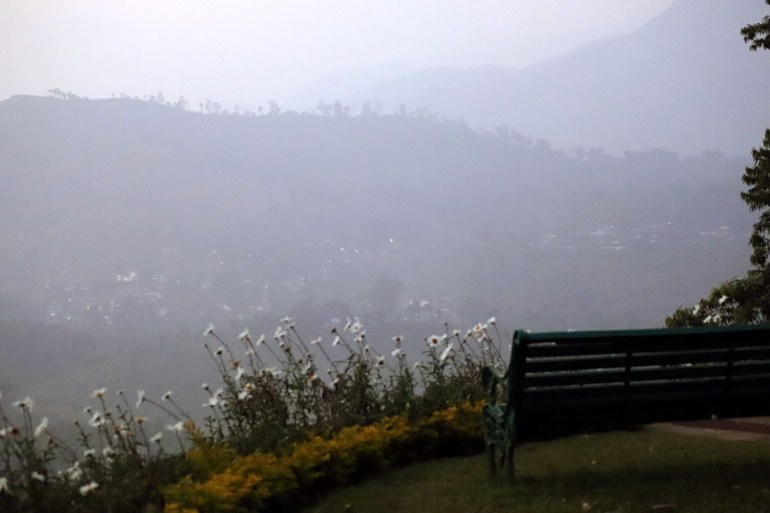 Valparai - Sinna Dorai bench - In the shadow of elephants in Valparai