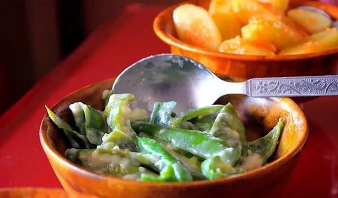 ema datse - chillies and yak cheese - bhutan