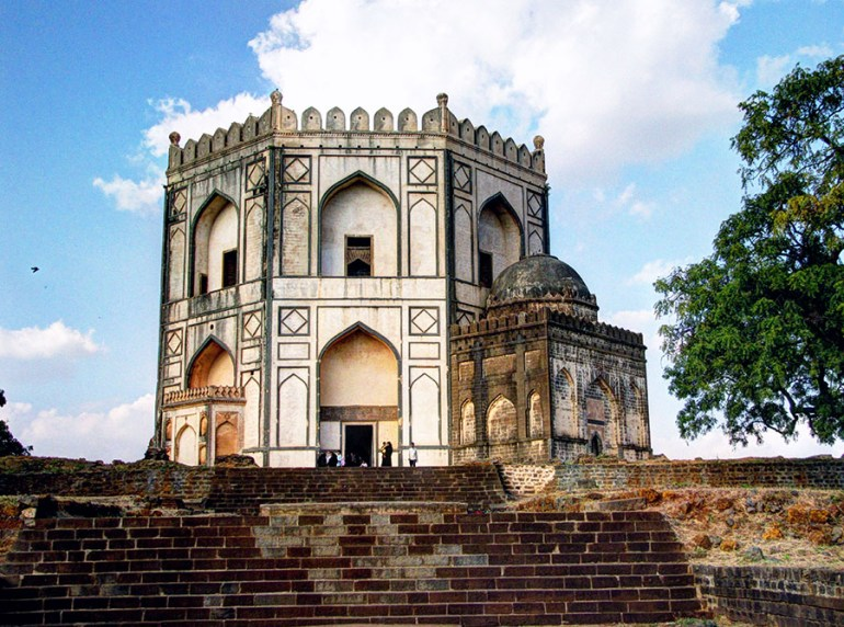 The tomb of Hazrat Shah Kirmani, Bidar, Karnataka, India