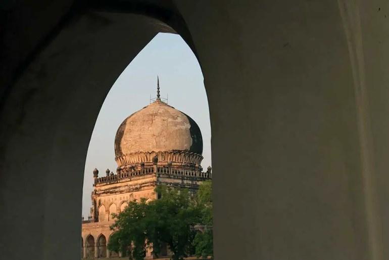 tomb of sultan muhammad qutb shah, qutb shahi tombs, hyderabad, india