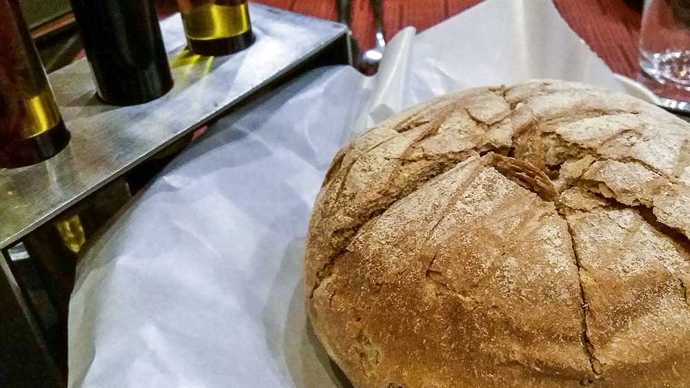 Wholewheat bread at Prego, Hyderabad, India - Great restaurants for vegetarians in Hyderabad