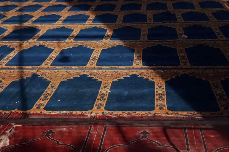 Prayer rugs, Mecca Masjid, Charminar