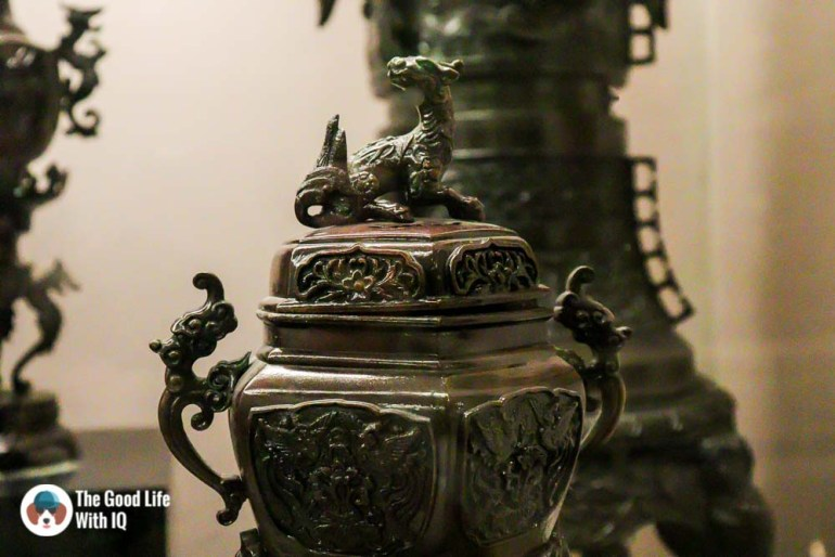 Metal urn - Things to do on the weekend in Hyderabad: The chaotic but interesting Salar Jung Museum