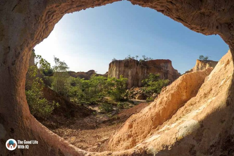 Hole in a wall in hell's kitchen near Malindi