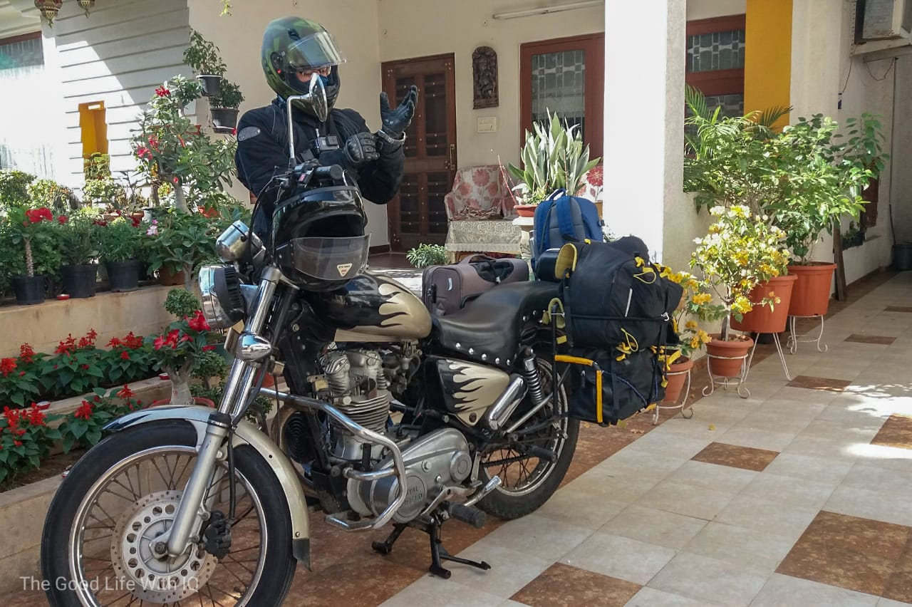 Loaded motorcycle, Jaipur