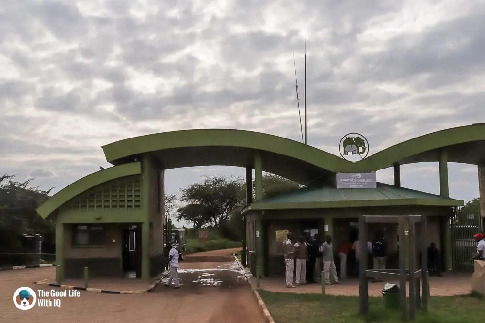 Kenya safari - Amboseli - Entrance