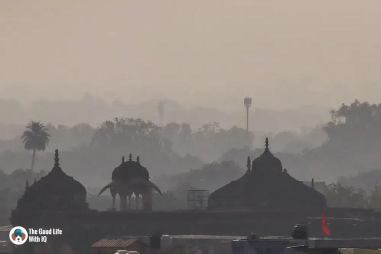 Hazy morning, Bundi