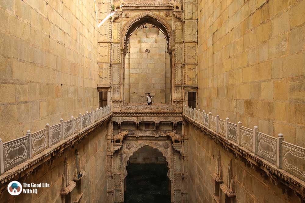 Balconies, Raniji ki Baodi, Bundi