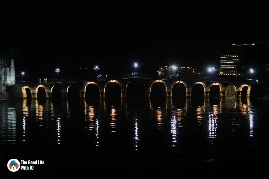 Pedestrian bridge, lake pichola