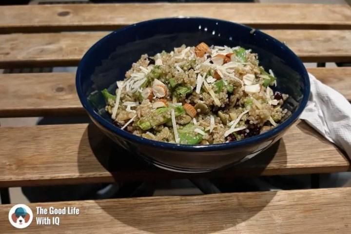 Quinoa and cranberry salad - Zza Bar
