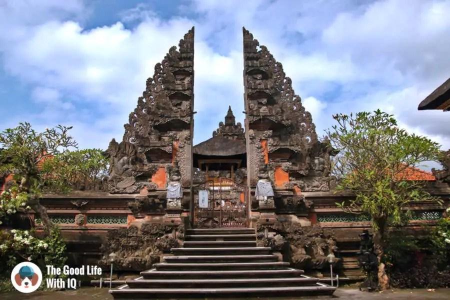 Temple, Jalan Suweta - 3 days in Ubud, Bali
