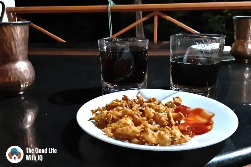 drinks and pakoras - Hyderabad to Bidar road trip