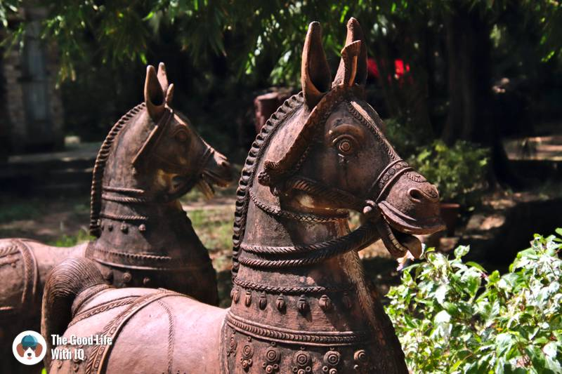 Ayyanar horses, Golden Bridge Pottery