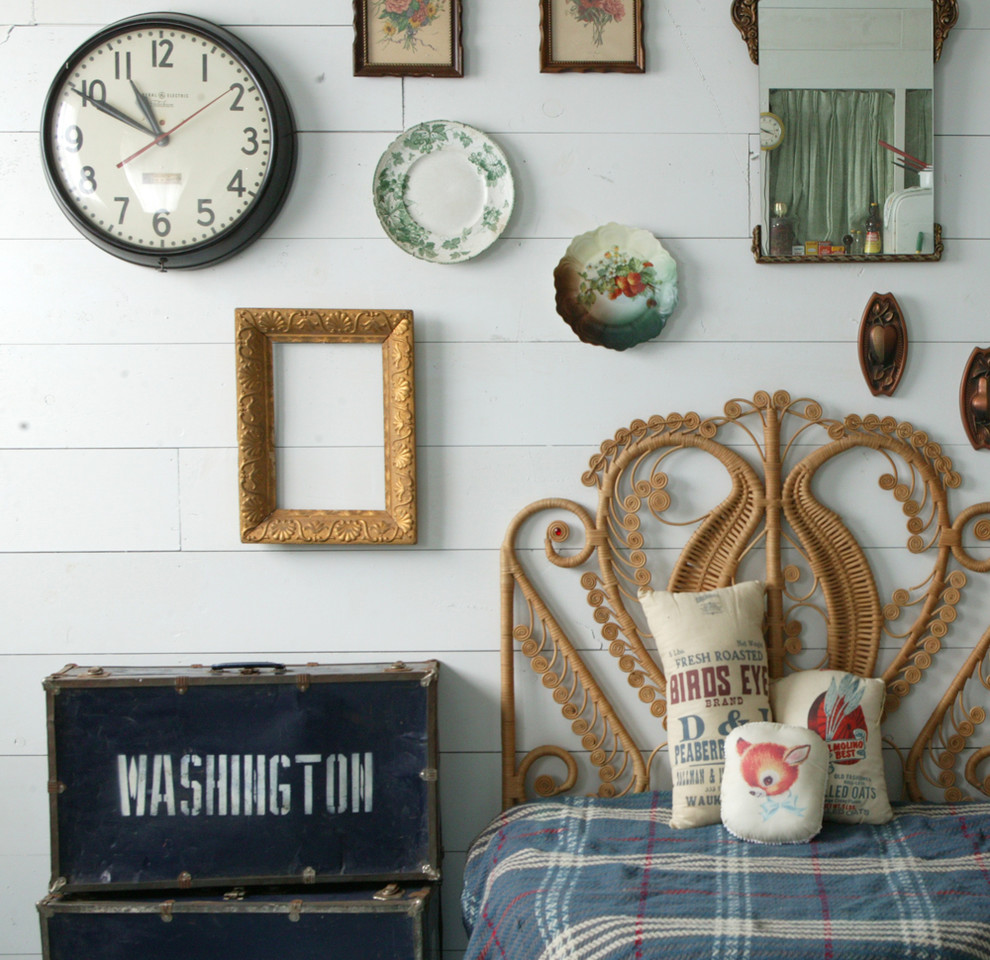 Bedroom Wall Clock Ideas