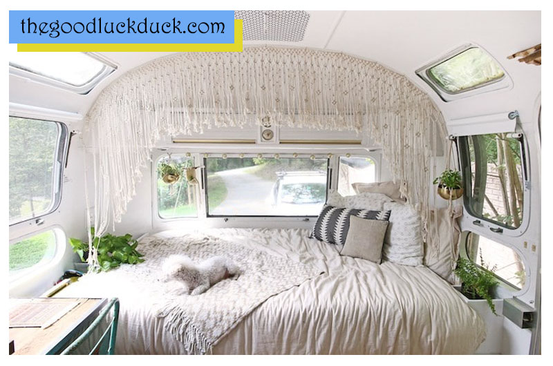 how to decorate a new rv