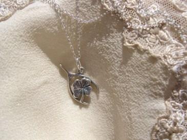 Lucky clover travel pendant