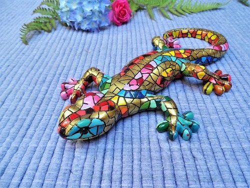 Lucky gecko ceramic