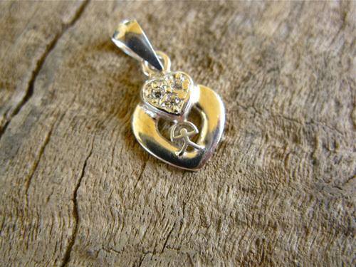 Indalo heart pendant love gift