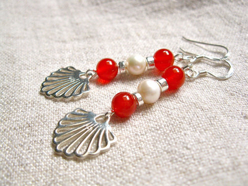 Carnelian shell earrings for romance