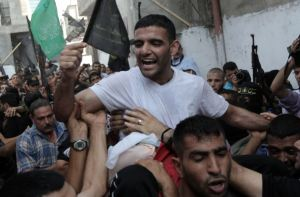Mahmoud Sarsak celebrating his release from jail.