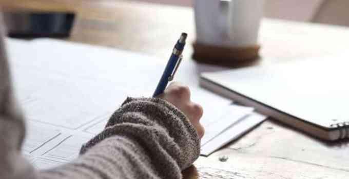 7 Contoh Latar Belakang Makalah Laporan Proposal Skripsi Lengkap
