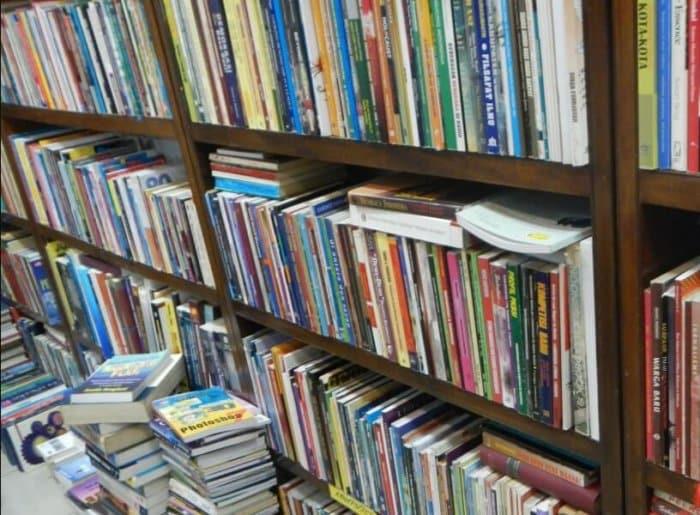 Cerita Lucu Cara Menjual Buku