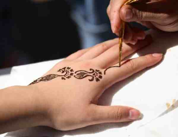 Cara Membuat Motif Henna