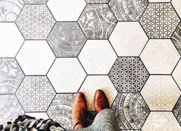 Motif Geometris Keramik