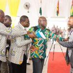 Ex-president John Mahama's Bodyguard Aggressively Prevented Rev Owusu Bempah From Greeting Him In Church