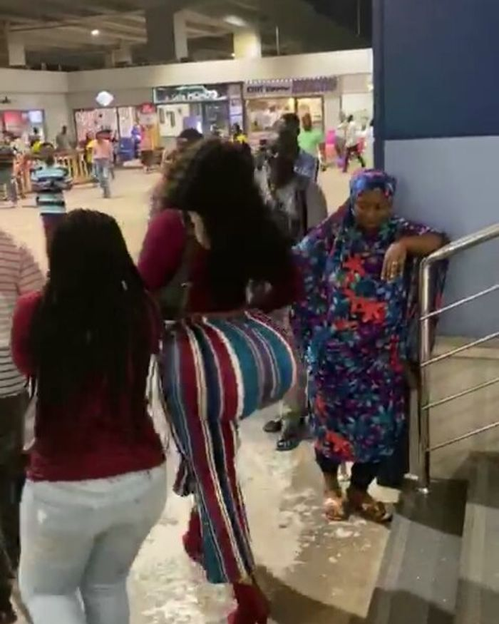 """Popular American Slay Queen Blessed With Huge 'Behind' Arrives In Ghana For """"Year Of Return"""""""
