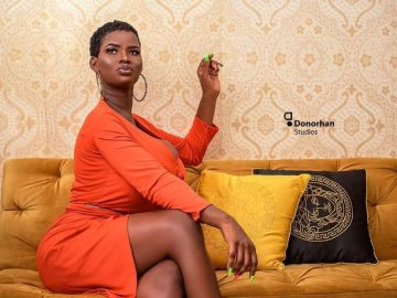 Pamela Odame Who Once Slept In A Kiosk Now Owns A Big Screen Television And Air Conditioner─All Thanks To A Sugar Daddy