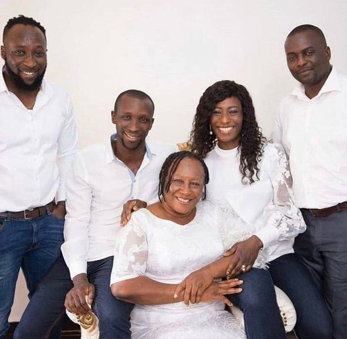 Check Out This Photo Nollywood Actress Patience Ozokwor Her And Adorable Children