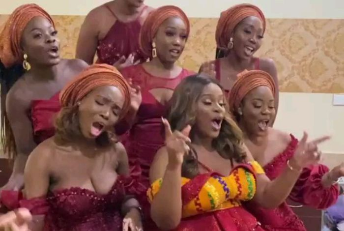 VIDEO: Gospel Slay Queens With Massive Goodies Take Over Joe Mettle And Selasie's Marriage Ceremony