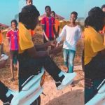 VIDEO: Stonebwoy Dashes Ghc100 Notes To Street Kids