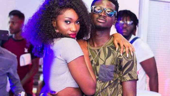 Fan Mocks Wendy Shay Over Her Multicolored Teeth-Says Kuami Eugene Dey Kiss Things