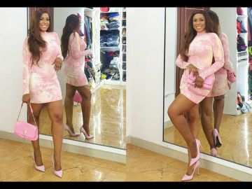 Linda Ikeji Claps Back At A Fan Who Said She Isn't Supposed To Have Stretch Marks Because She's Wealthy