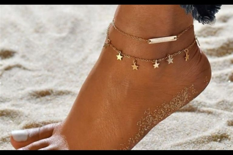 This Is What It Means When A Lady Puts Bracelet On Her Ankle