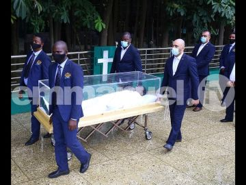 Check Out Photos Of The Body Of Prophet TB Joshua In A Transparent Casket As He's Been Laid To Rest