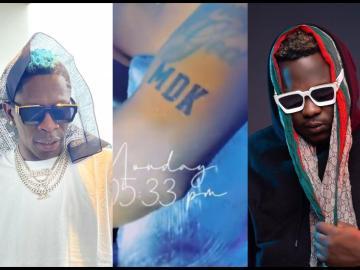 VIDEO: Shatta Wale Tattoos Medikal's Name On His Arm