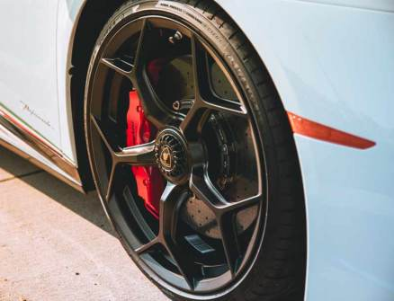 How-Does-Wheel-Size-Affect-Car-Performance