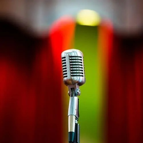 4 Things to Keep in Mind about Hiring Corporate Entertainment