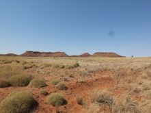 Is this a Mesa or a Bluff? Either way it is a landscape that I'd always associated with the American mid-west not Australia!