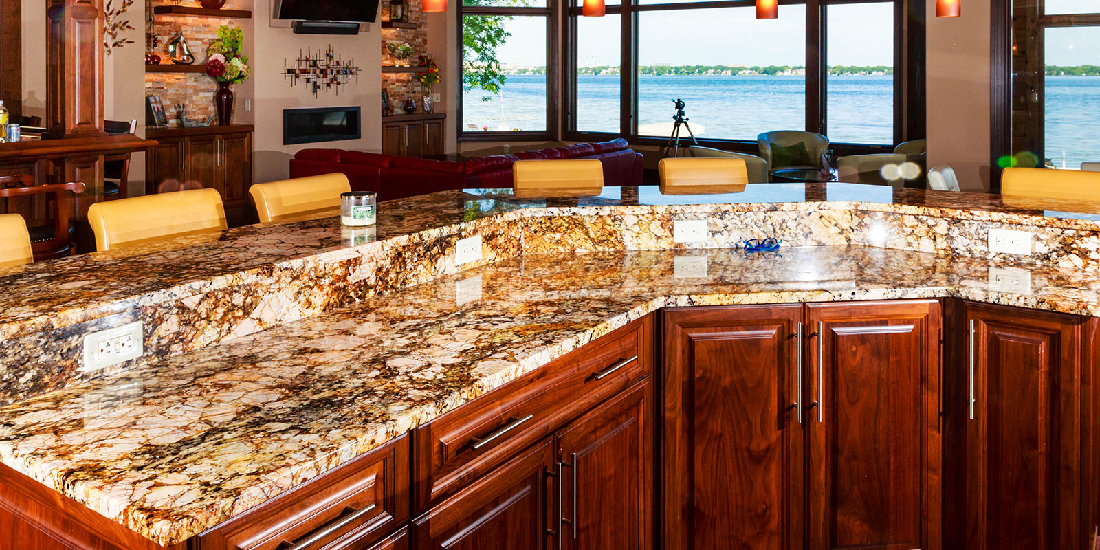 The Granite Shop Of Madison Wisconsin Granite Countertops Fireplace Surrounds Vanities And More