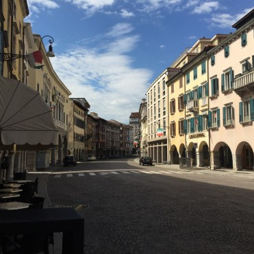 Udine is a city of almost 100,000, but the streets were nearly empty on the hot Sunday afternoon when we arrived.
