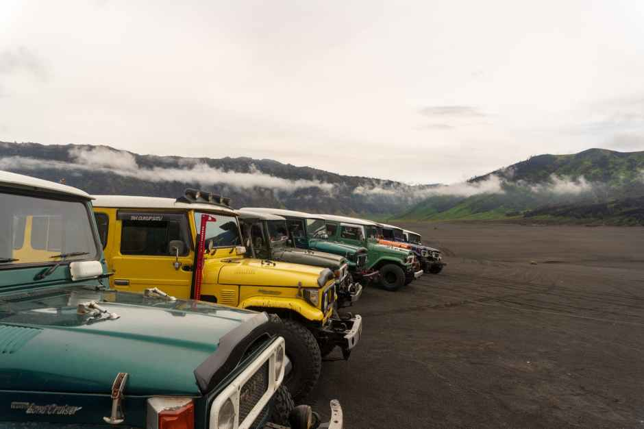 dirt road vehicles